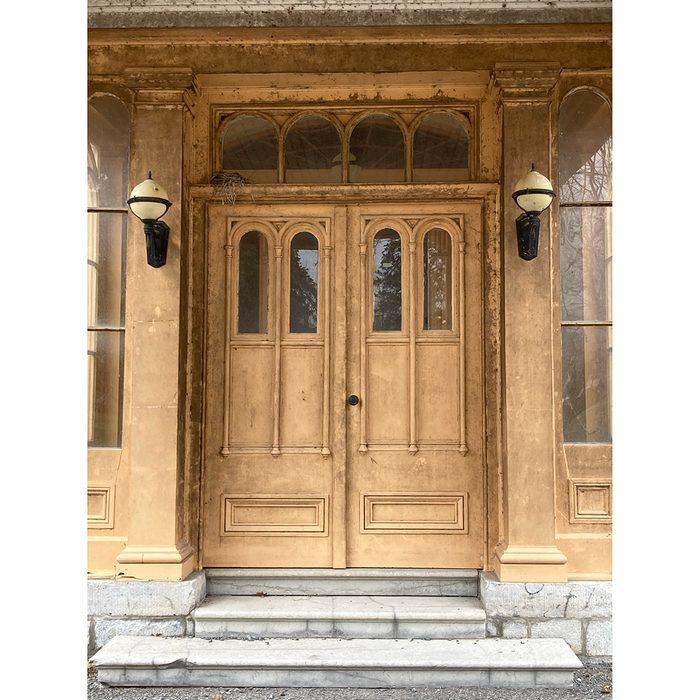Doors Across Canada - Mystery Mansion