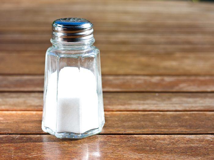 Why restaurants put rice in salt shaker