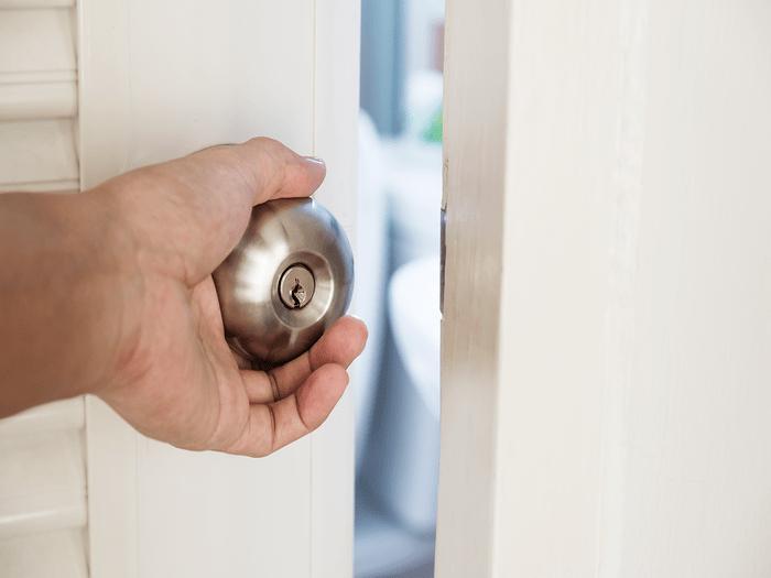 Should You Close Your Bedroom Door At Night