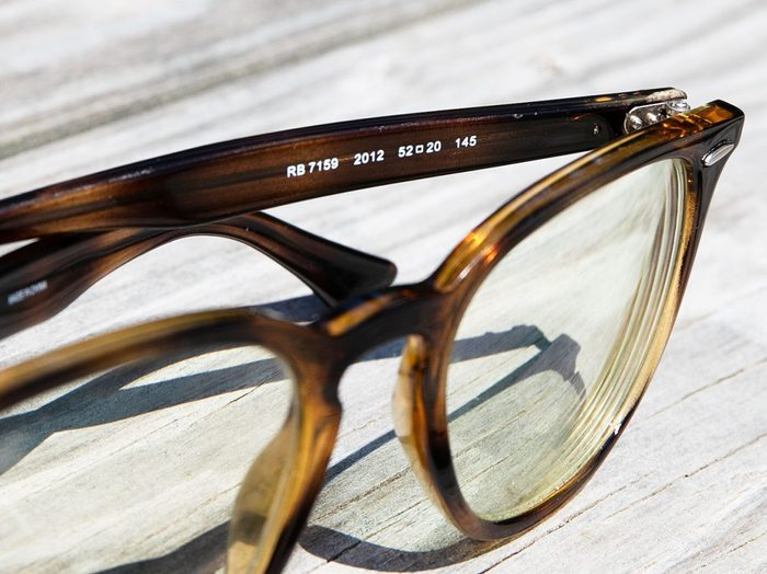 What numbers on glasses mean - eye glasses numbers on arm